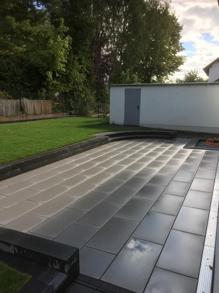 Terrasse mit Sonderelementen